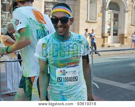 Happy Color Run Runner