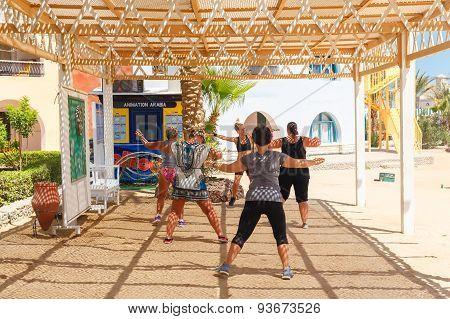 Fitness Klass On The Beach
