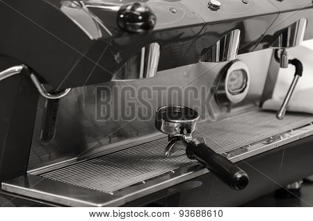 machine for grinding coffee.