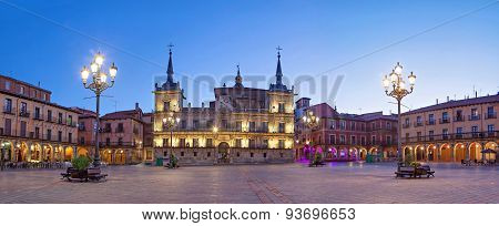 Evening Panorama Of Plaza Mayor In Leon