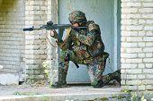 image of rifle  - military - JPG