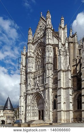 The Cathedral of Saint Peter of Beauvais is an incomplete Roman Catholic cathedral in Beauvais in northern France. Main entrance