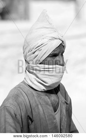 VALLEY OF THE KINGS EGYPT- NOV 22: Unidentified man work for excavation of tombs and buried treasure on November 22, 2009, Valley of the Kings, Egypt, often called the Valley of the Gates of the Kings