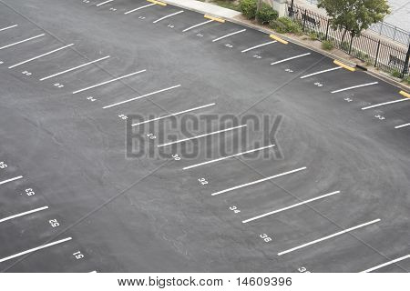 parking lot curved rows