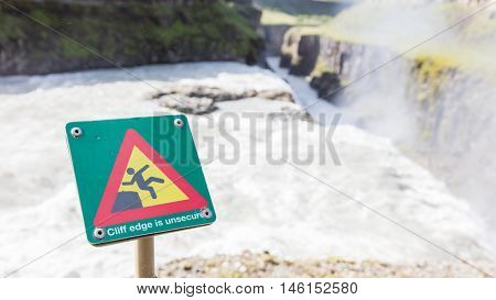 Green Square Sign - Warning For Risk Of Falling