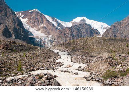 Sprign Starts From Small Aktru Glacier