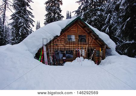ROGER'S PASS - MARCH5 2016 - Wheeler hut covered with deep snow