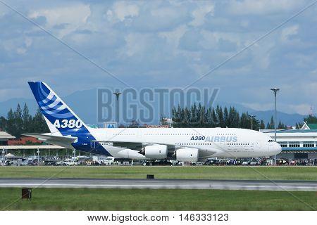 CHIANGMAI, THAILAND - SEPTEMBER 1 2007: F-WWJB Airbus A380-800 at Chiangmai Airport. Photo on trip Asia tour.