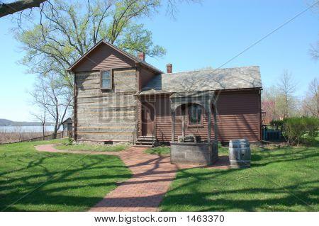 John Smith'S Home