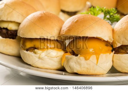 Mini Burger With Cheese