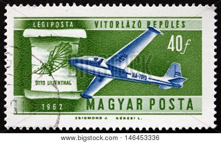 HUNGARY - CIRCA 1962: a stamp printed in Hungary shows Glider and Lilienthal's Design Flight Development circa 1962