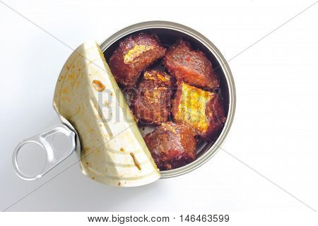 canned tuna isolated on white / open tuna tin on a white background / tuna fish isolated on white
