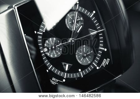 Mens Chronograph Wirstwatch, Deal