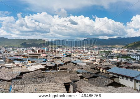 shangri-la of the ancient city the biggest tibetan dwellings yunnan provincechina