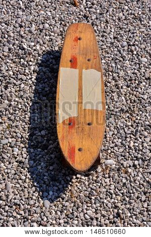 Photo picture of a Wooden 70's skate board skateboard