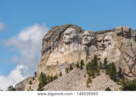 Side view of Mount Rushmore with sunlight