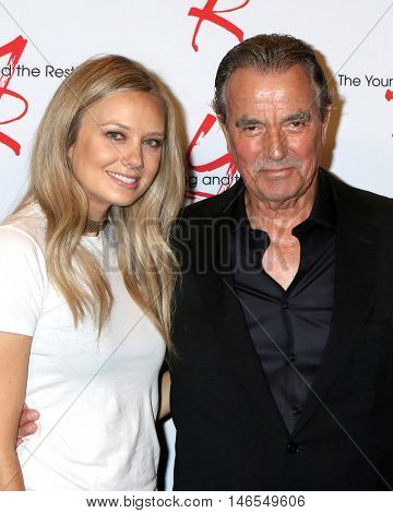 LOS ANGELES - SEP 8:  Melissa Ordway, Eric Braeden at the Young and The Resltless 11,000 Show Celebration at the CBS Television City on September 8, 2016 in Los Angeles, CA