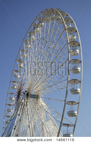 Big wheel in Paris