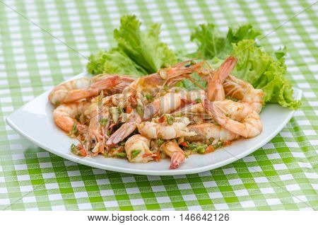 Fried Shrimp with chili and garlic (Thai foods)