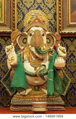 Ganesh statue which is the worship of the people