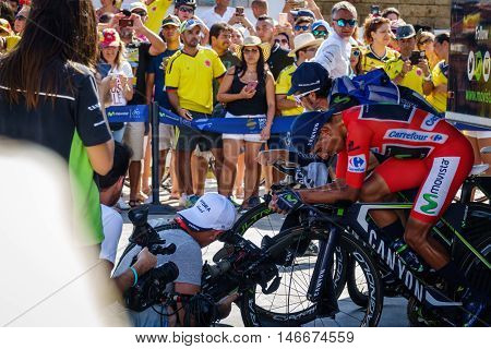 JAVEA - SEPTEMBER 9: Nairo quintana warms up for the decisive time trial stage of La Vuelta on September 9, 2016 in Alicante, Spain