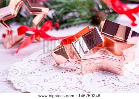 Star-form copper baking pasry form for Christmas cookies with Christmas decoration