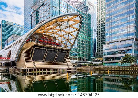 Crossrail Place In Canary Wharf