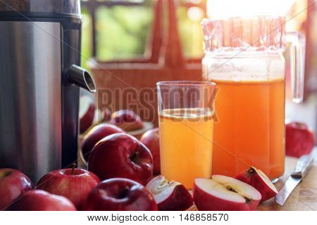 apple juice and apples concept