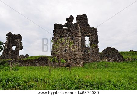 castle, stone, gray, old, grass, green, ancient, ancient, archeology