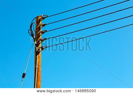 In Oman The Electric Cable