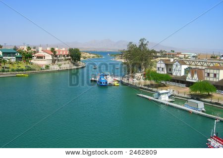 A View Of Lake Havasu From London Bridge