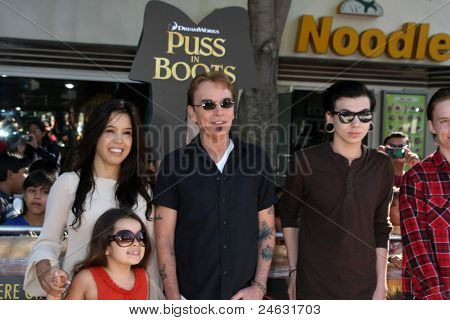 LOS ANGELES - OCT 23:  Billy Bob Thornton and family arriving at the