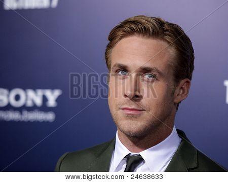 LOS ANGELES - 27 SEP: Ryan Gosling llega a la