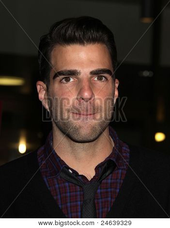 LOS ANGELES - JAN 16:  Zachary Quinto arrives to the