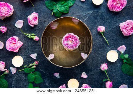 Tibetan Singing Bowl With Floating