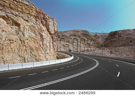 Dubai Road_S