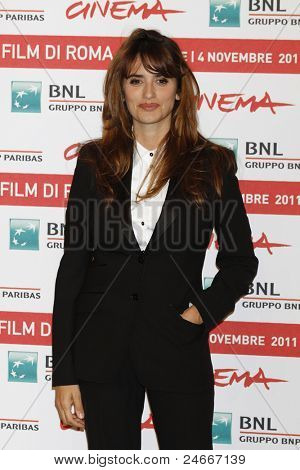 ROME - OCT 26: Penelope Cruz attends a photocall during the 6th International Rome Film Festival on October 26, 2011 in Rome, Italy