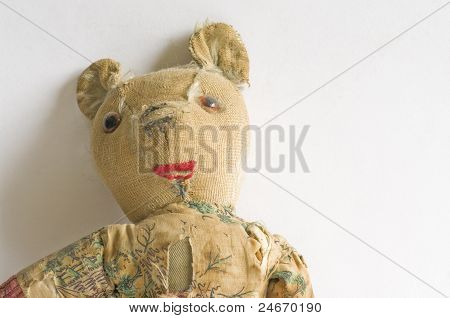 Threadbare Teddy's Face