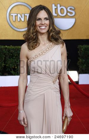 LOS ANGELES - JAN 30: Hilary Swank arrives at The 17th Annual SAG Awards held at the Shrine Auditorium on January 30, 2011 in Los Angeles, California.