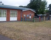 pic of school building  - a side view of a english primary school - JPG