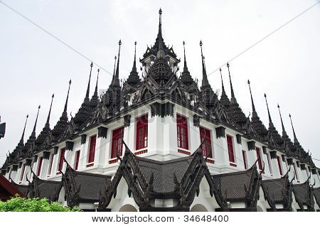 Loha prasat,Metallic castle
