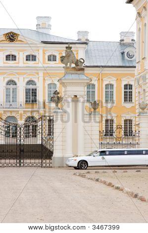 Wedding Car Waiting