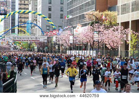 Vancouver Sun Run Starting Line