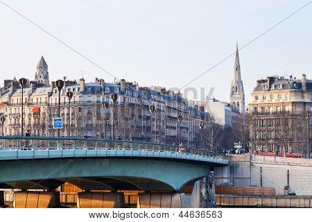 Pont De L Alma In Paris