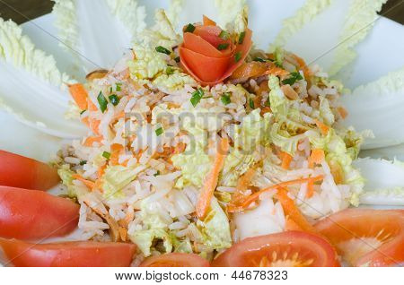 Rice salad with napa cabbage and roasted almonds