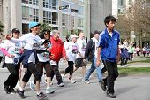 Happy Vancouver Sun Run Participants