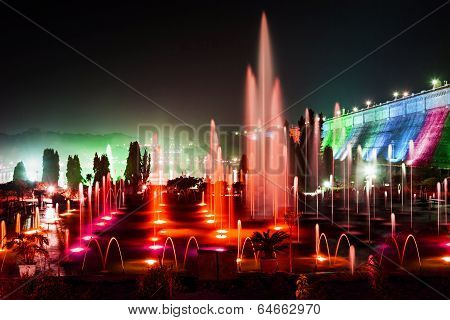 Color Fountains