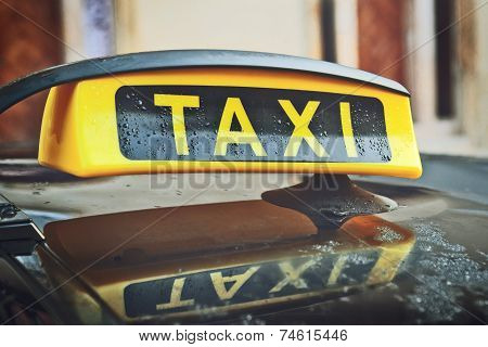 Taxi Cab Car Roof Sign