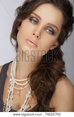 Natural Brunette With Pearly Necklace With Beads