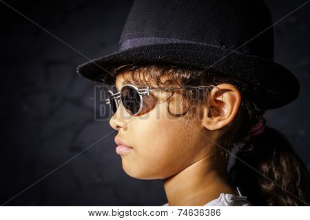 Cute Little African-american Girl With Sunglasses